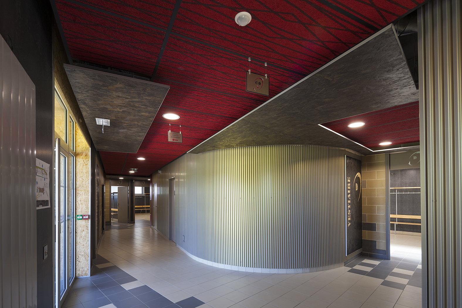 Vestiaires et Club house Stade THERY - Villeneuve d'Ascq 59 - Organic Creative (10)